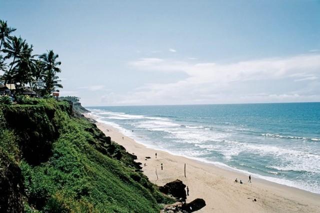 Варкала - вид на пляж с севеной оконечности клифа