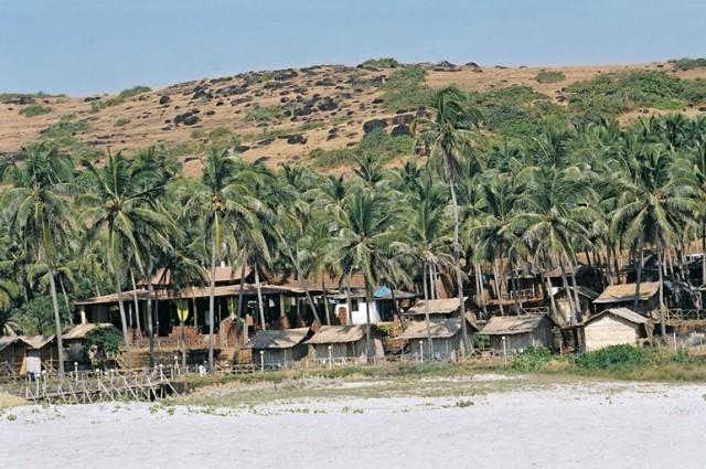 Островки жилья близ Арамболя