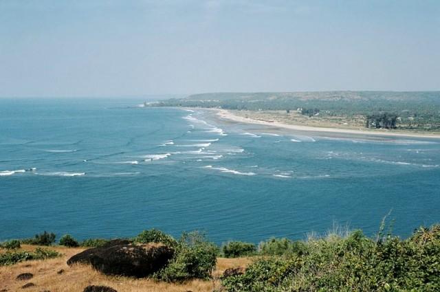 Волны встречаются с пресной водой