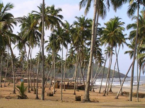 пляж Small Vagator с другой стороны