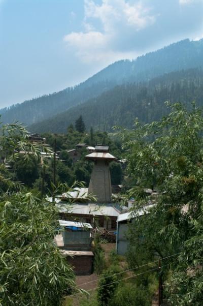 Manu Temple, вид с другой стороны