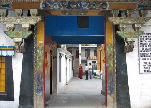 Буддистский монастырь в Манали