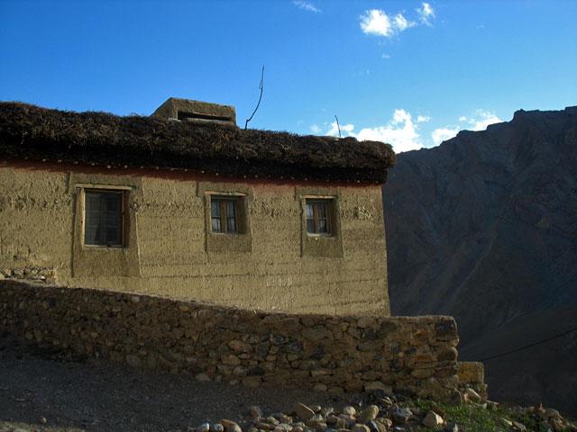 Дом на краю деревни
