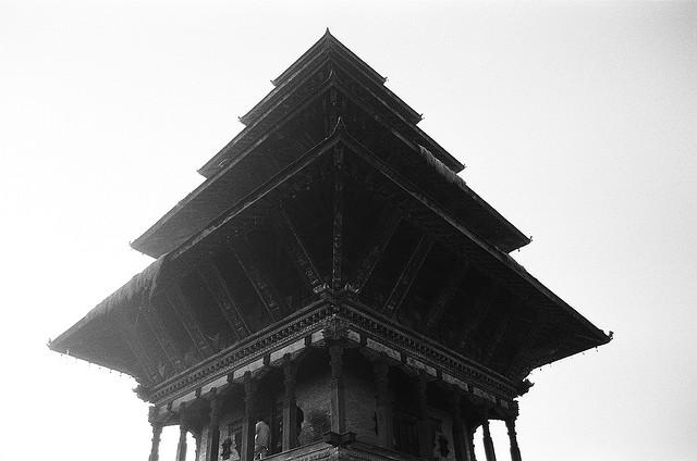 Храмами