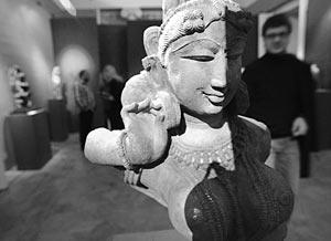 Апсары – это небесные танцовщицы, олицетворение женственности и чувственности