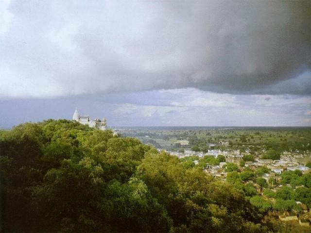 Холмы Враджи